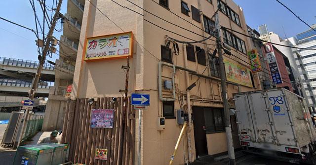 カラオケ バンガローハウス鶴屋町店の外観