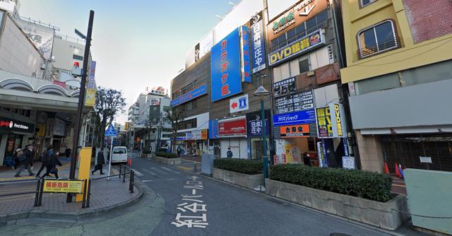 カラオケ館 平塚駅前店の外観
