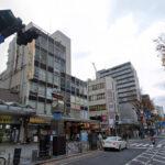 カラオケ まねきねこ横須賀中央店の外観