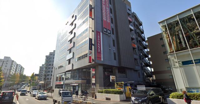 カラオケ ジョイサウンド東戸塚駅前店の外観